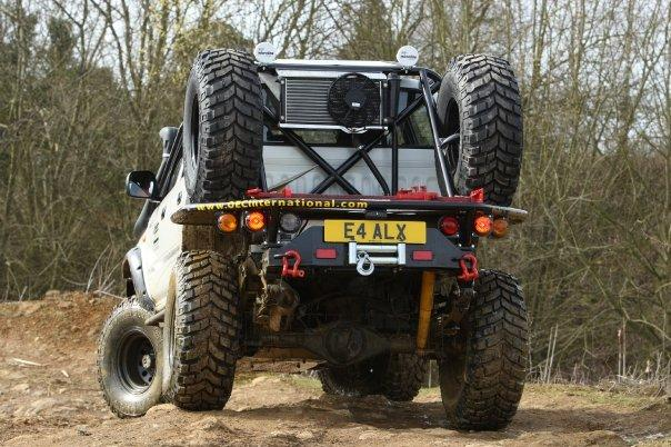 Hilux Tray Back With Roll Cage Road Legal